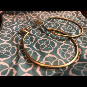 Kendra Scott pepper hoop earrings in gold